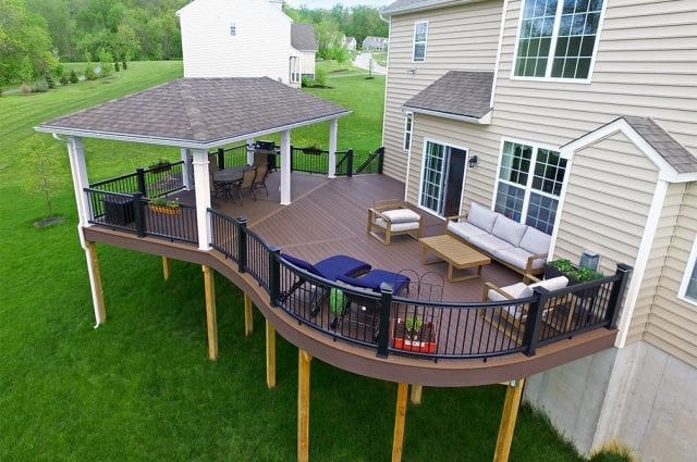Curved Deck Designs You Need to See