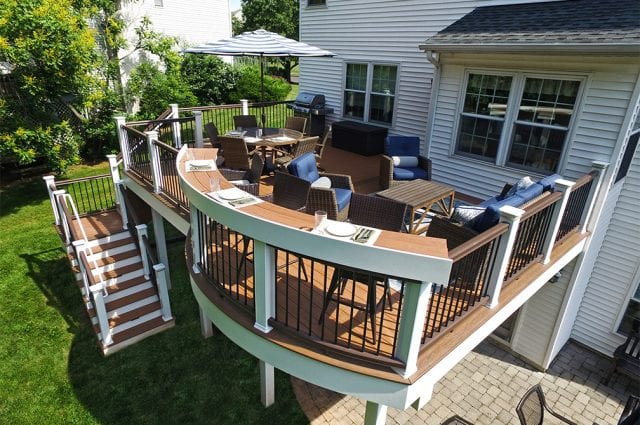11 Deck Decorations for Your Outdoor Living Space