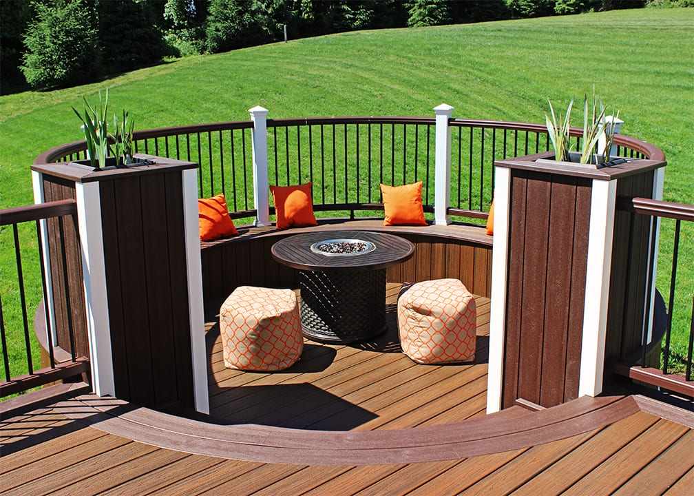 circular conversation nook on deck with fire feature