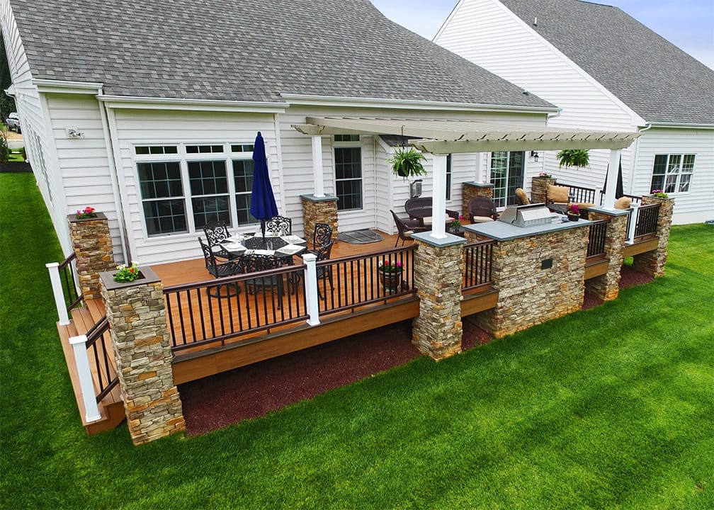 composite deck with outdoor kitchen
