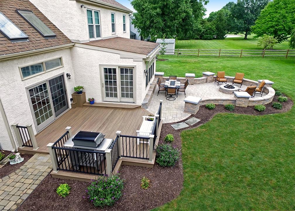 custom deck  patio malvern pa