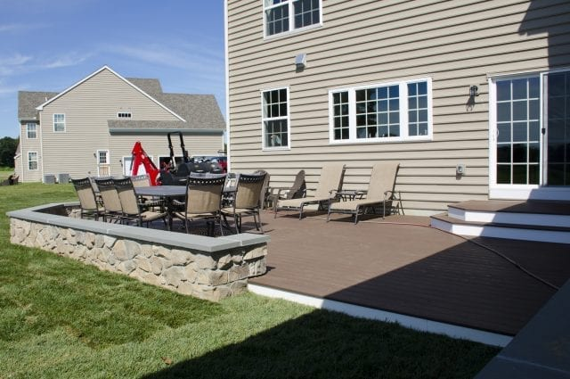 deck with sitting wall