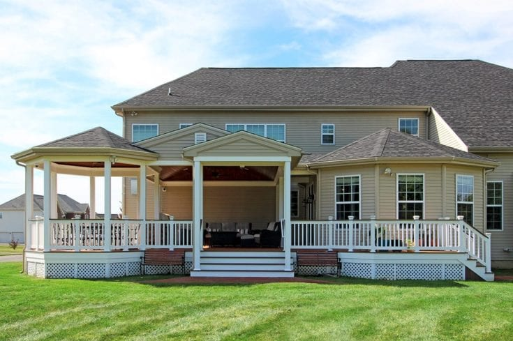 Custom Vinyl Deck / Porch – Newtown, PA
