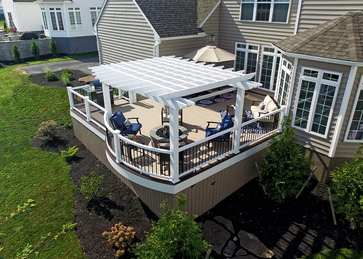 curved deck with pergola