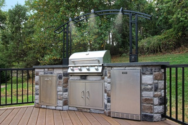 Shaak - outdoor kitchen with lighting