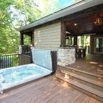 Mattice - TimberTech Porch with hot tub