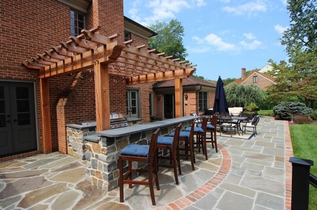 McElhaugh - Pergola with flagstone bar counter and grill