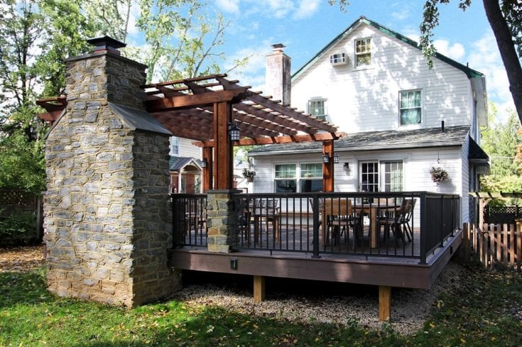 Custom Trex Deck / Pergola – Havertown, PA