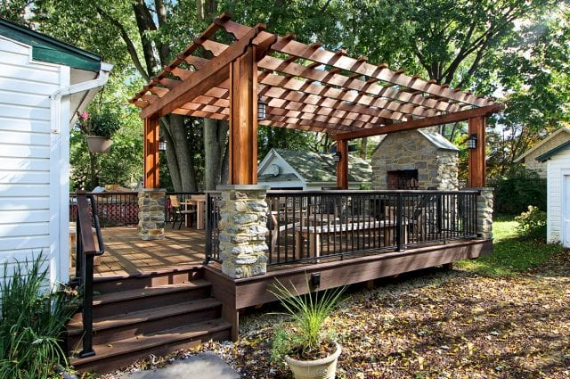 Broderick - Trex deck with pressure treated pergola