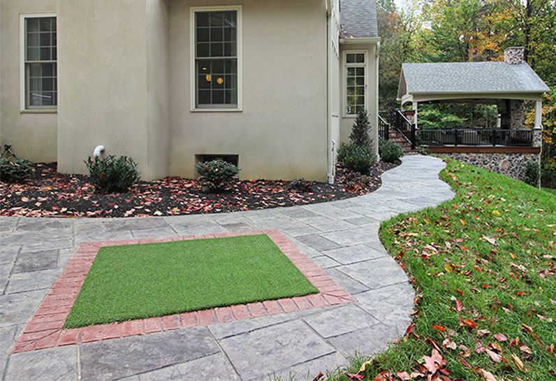 deck with putting green