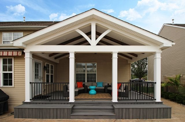 Custom Trex Deck / Porch – Gilbertsville, PA