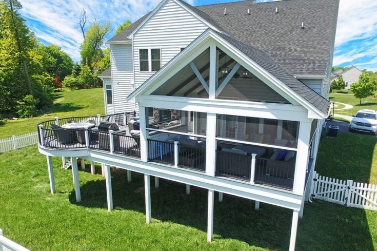 Custom Amazon Mist TimberTech Deck / Phantom Screen Porch – Glen Mills, PA