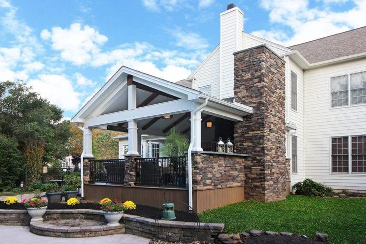 Custom Mocha TimberTech / Barnwood Porch – Garnet Valley, PA