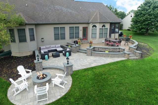 Paver Patio in Lancaster Pa with techo bloc sitting walls