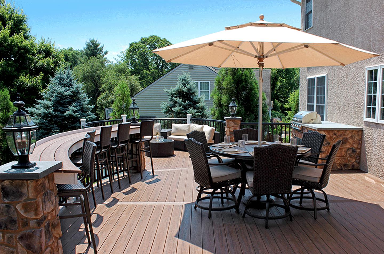 umbrella deck shade option