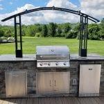 Koloseike - provia terra cut slate stone veneer kitchen with light bar