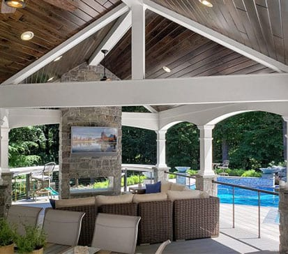 outdoor living space in ny