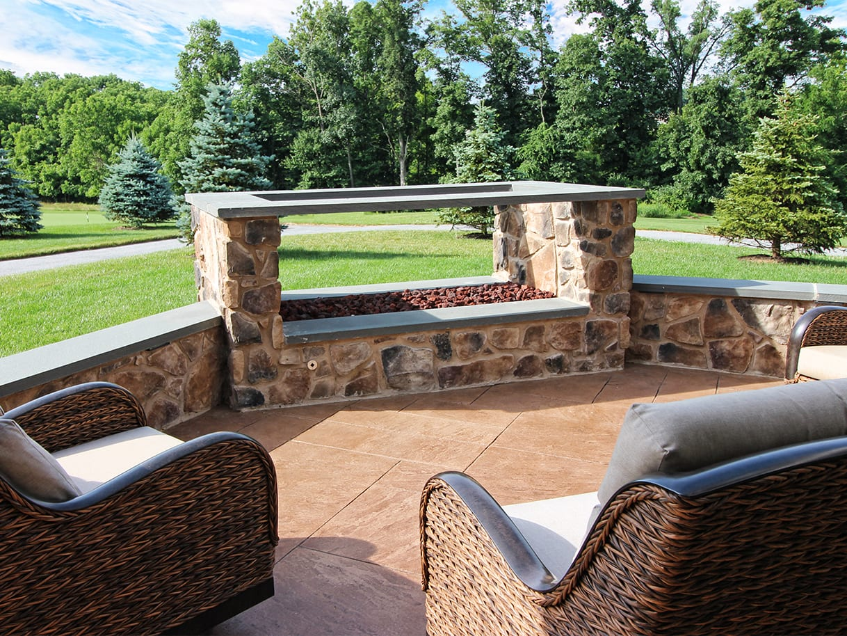 Firepits / Fireplaces 3