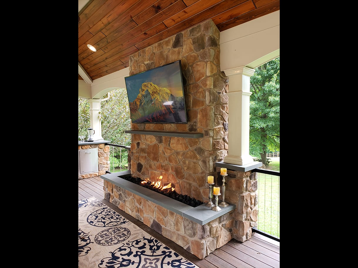 Firepits / Fireplaces 7