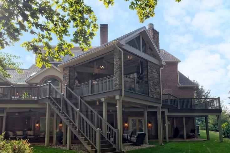 Custom Spiced Rum Trex Deck / Vintage Porch – Lancaster, PA