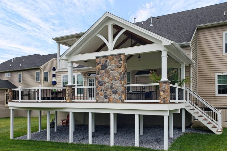 Antique Palm TimberTech Deck / Barnwood Porch – Avondale, PA