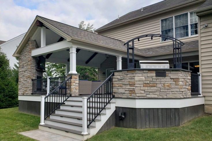 Espresso TimberTech Deck / Barnwood Porch – Newtown, PA