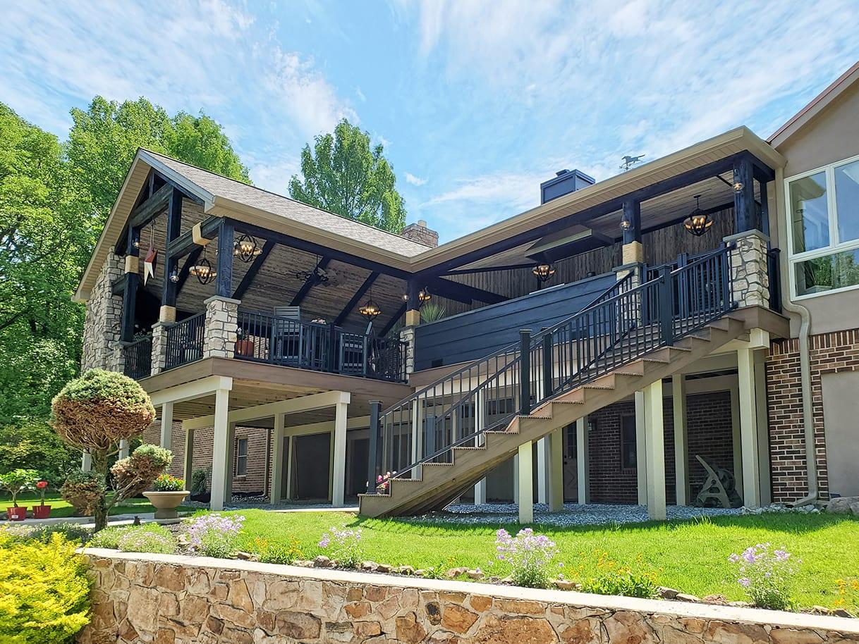 Barnwood Porch / Trex Deck - Exton, PA 1