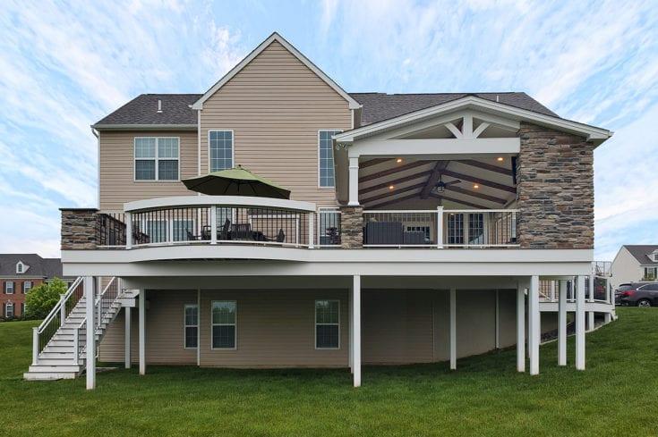 Barnwood Porch / TimberTech Deck – Downingtown, PA