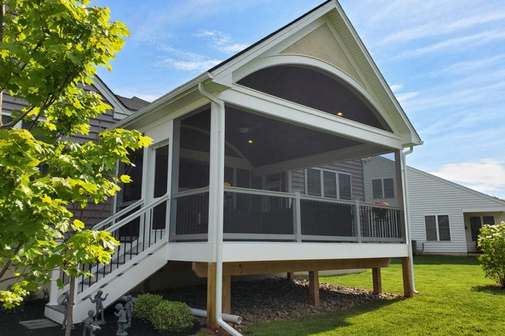 Heritage Barrel Porch / Timbertech Deck – Phoenixville, PA