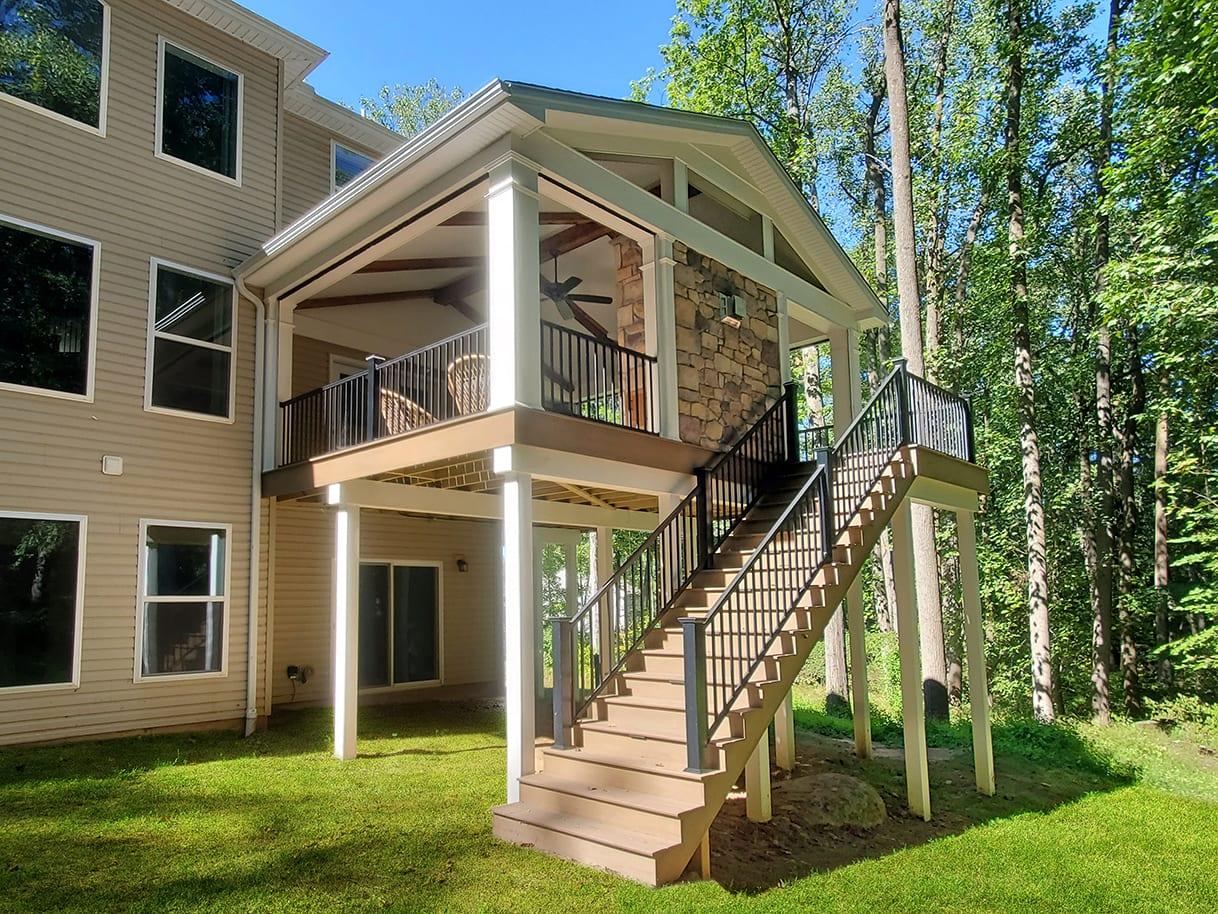 Barnwood Porch / TimberTech Deck - Elizabethtown, PA 1